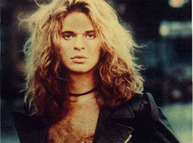 David-Lee-Roth-young-long-blonde-hair